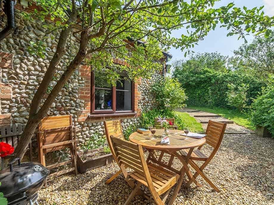 Apple-Tree-Barn-Holiday-Cottage-Blakeney-Fabulous-Norfolk-15