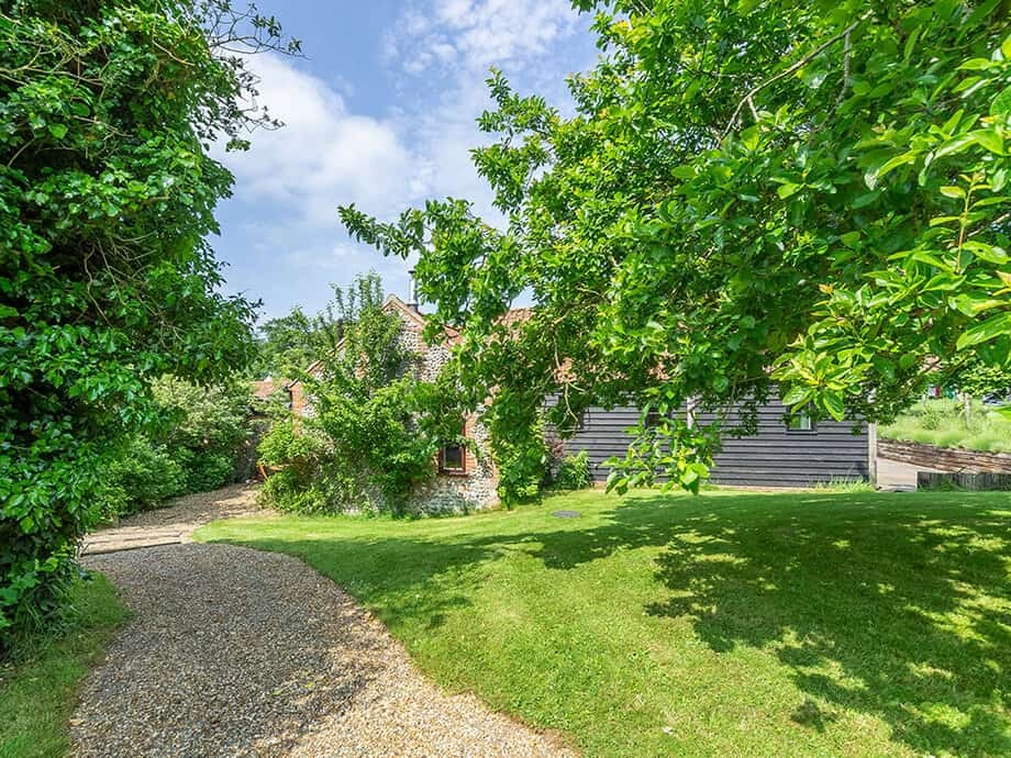 Apple-Tree-Barn-Holiday-Cottage-Blakeney-Fabulous-Norfolk-2