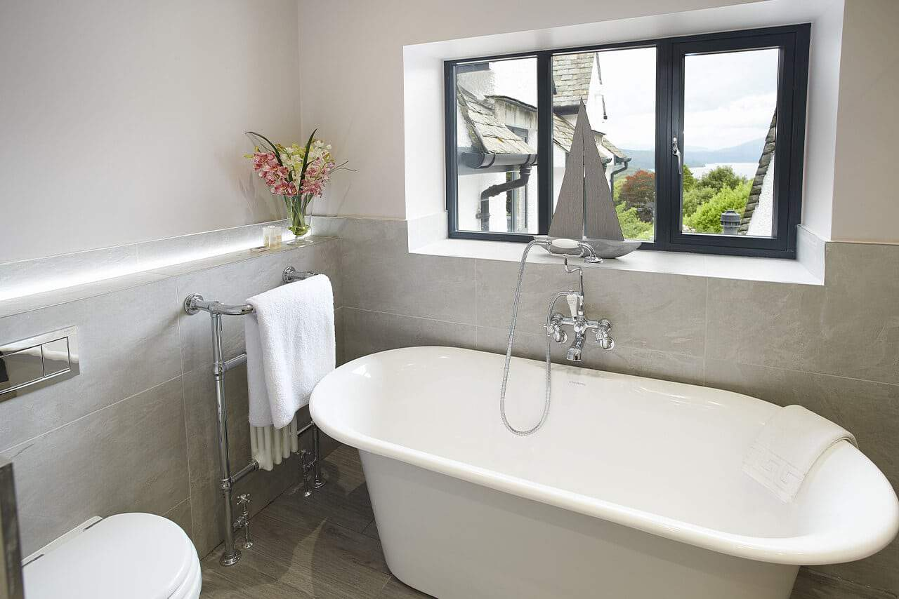 Bowness-on-Windermere-Holiday-Cottages-Fabulous-Lake-District-fg-16
