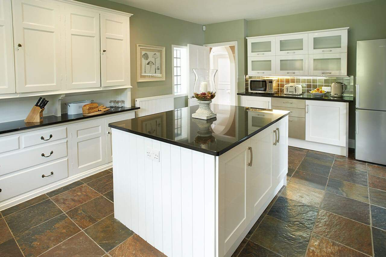 Bowness-on-Windermere-Holiday-Cottages-Fabulous-Lake-District-fg-2