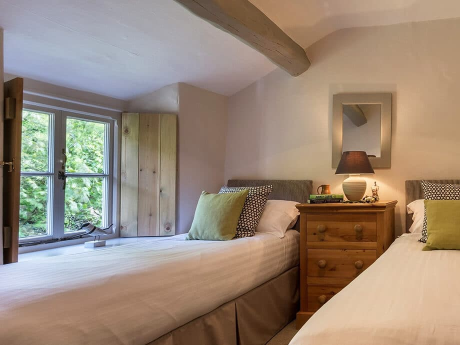 Cumbrian-Holiday-Cottage-Bouth-Fabulous-Lake-District-24-11