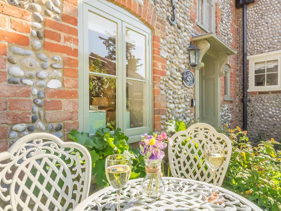 Holiday-Cottage-Blakeney-Hollyhock-Cottage-Fabulous-North-Norfolk-15