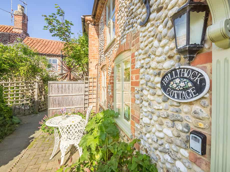 Holiday-Cottage-Blakeney-Hollyhock-Cottage-Fabulous-North-Norfolk-16