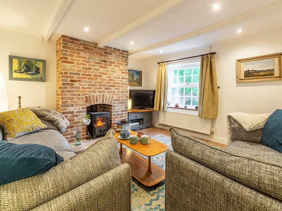 Holt-Holiday-Cottages-Fabulous-Norfolk-Cobblers-4