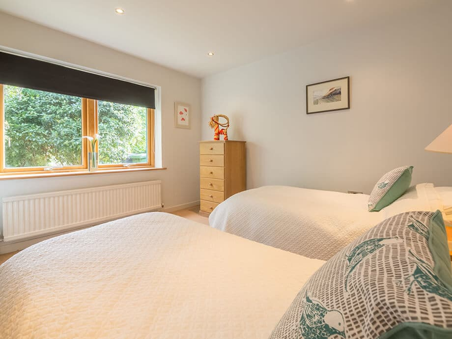 Norfolk-Holiday-Cottage-Helgon-Lodge-17