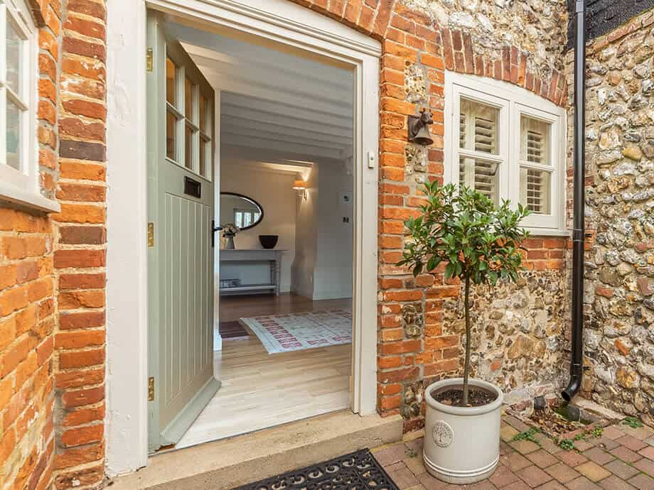 Sandringham-Holiday-Cottage-The-Old-Dairy-Fabulous-Norfolk-24-a