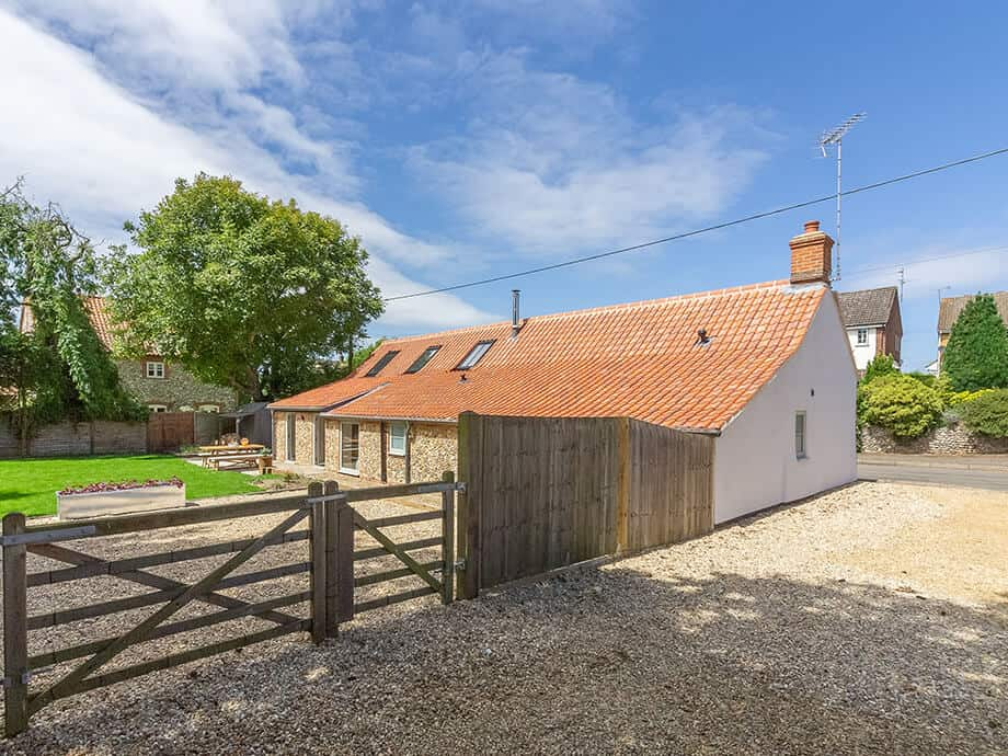 The-Nurseries-Holiday-Cottage-Fabulous-North-Norfolk-1