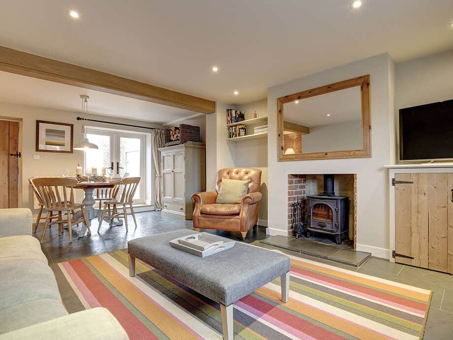 Titchwell-Holiday-Cottage-Fabulous-North-Norfolk-03-01-1