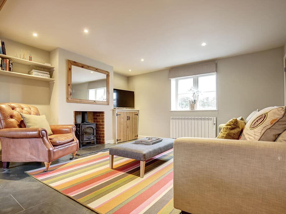 Titchwell-Holiday-Cottage-Fabulous-North-Norfolk-03-01-2