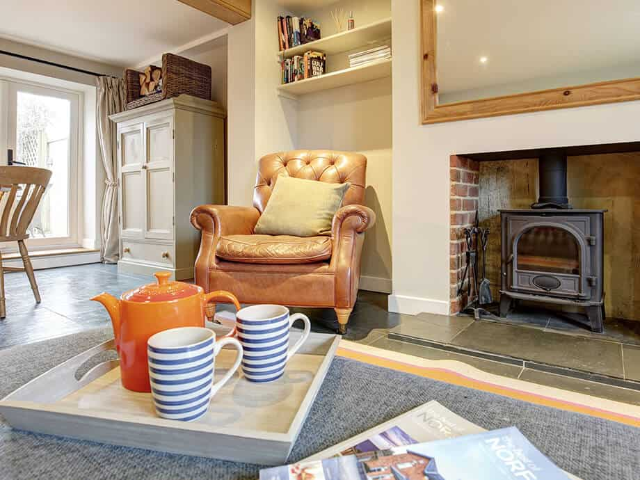 Titchwell-Holiday-Cottage-Fabulous-North-Norfolk-03-01-5
