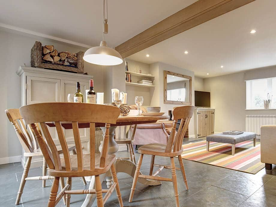 Titchwell-Holiday-Cottage-Fabulous-North-Norfolk-03-01-6