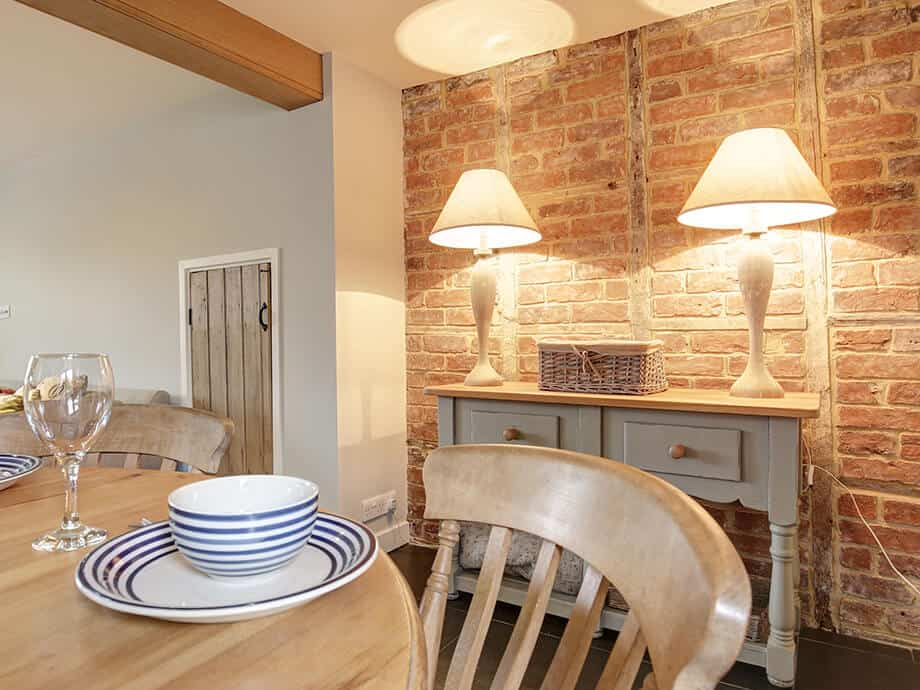 Titchwell-Holiday-Cottage-Fabulous-North-Norfolk-03-01-8