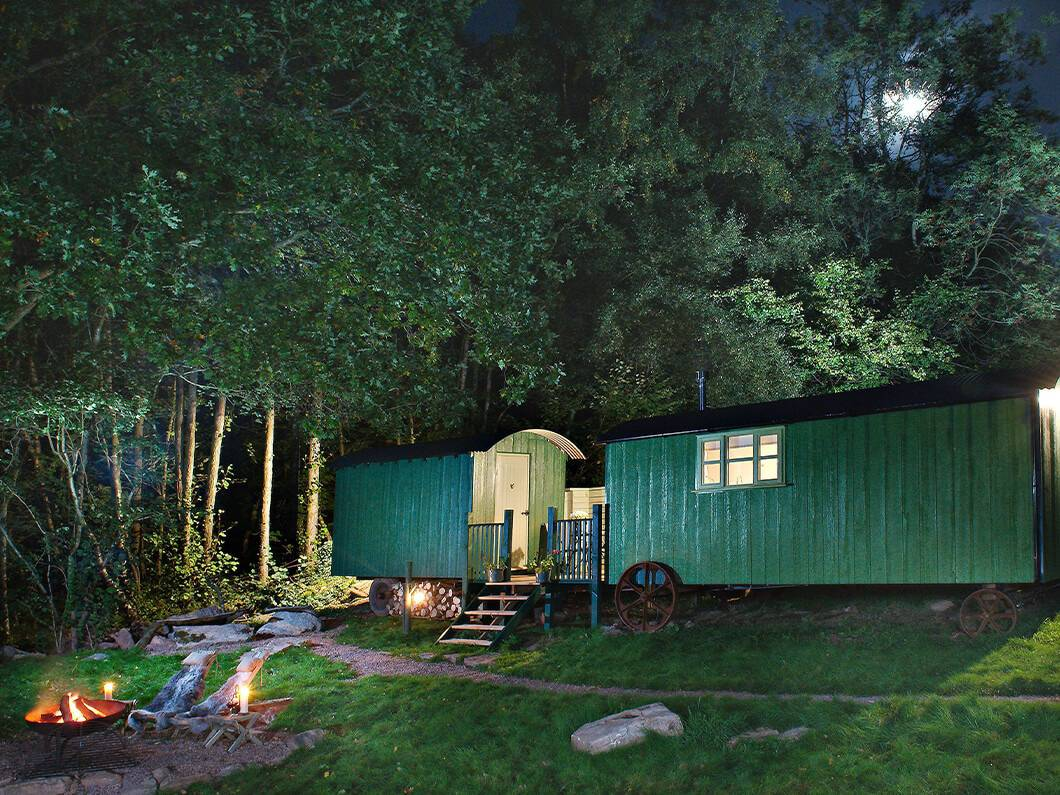 Anne's Shepherds Hut Monmouthshire Wales Fabulous Holiday Cottages 1