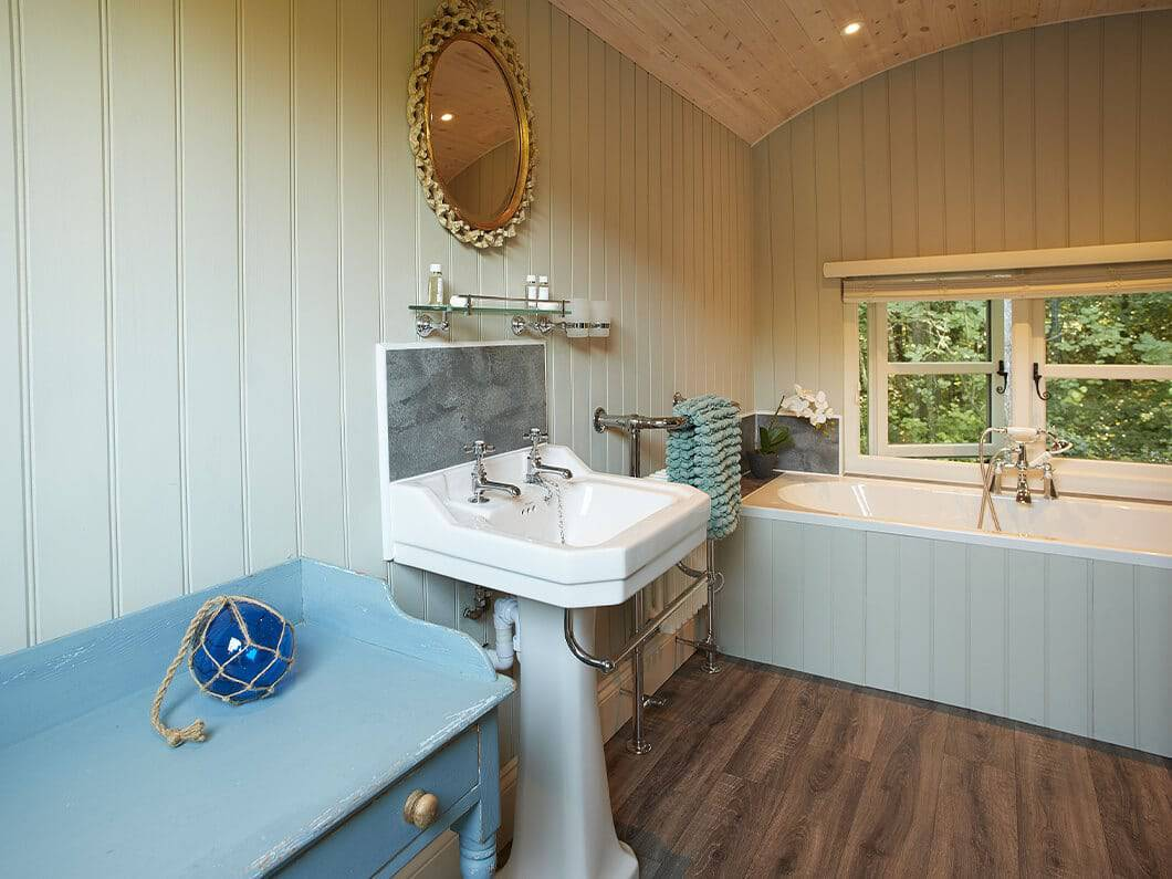 Anne's Shepherds Hut Monmouthshire Wales Fabulous Holiday Cottages 7