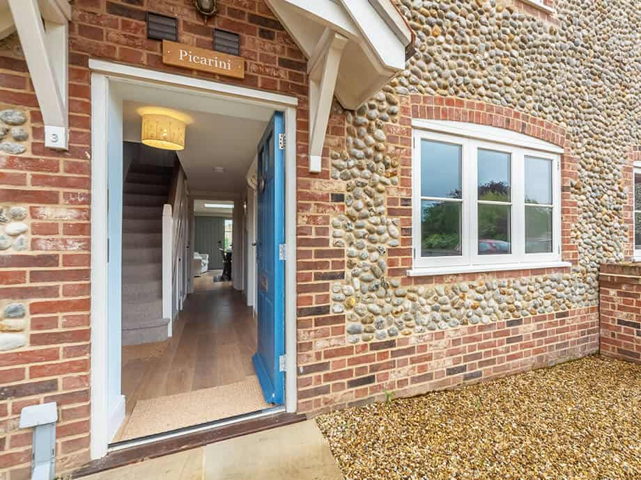 Burnham-Overy-Staithe-Holiday-Cottages-North-Norfolk-1