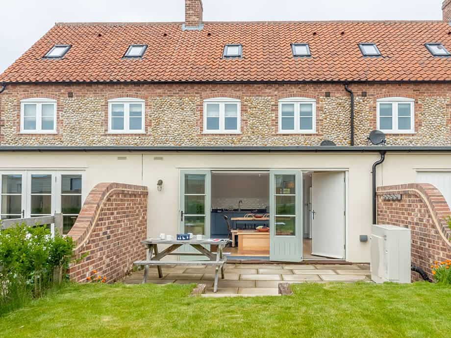 Burnham-Overy-Staithe-Holiday-Cottages-North-Norfolk-18