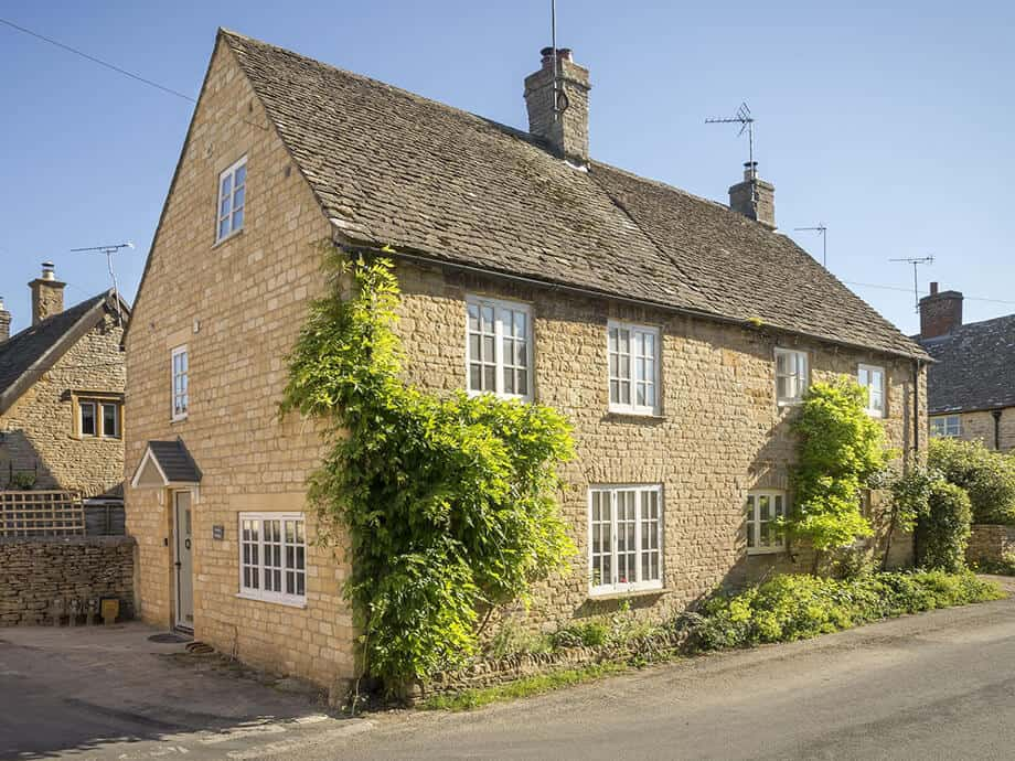 Corner-Cottage-Stow-on-the-Wold-Cotswolds-Fabulous-Holiday-Cottages-1