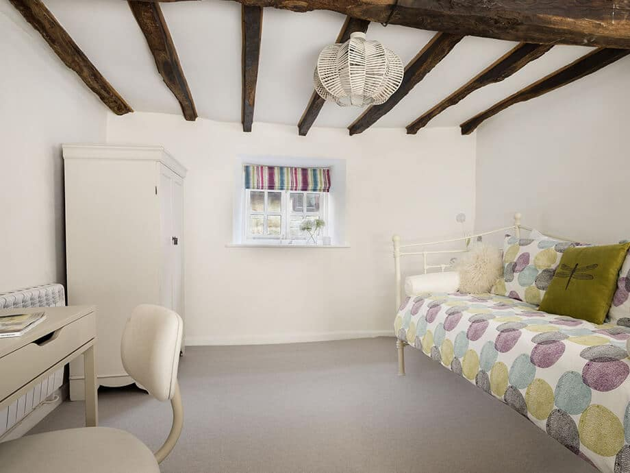 Corner-Cottage-Stow-on-the-Wold-Cotswolds-Fabulous-Holiday-Cottages-13