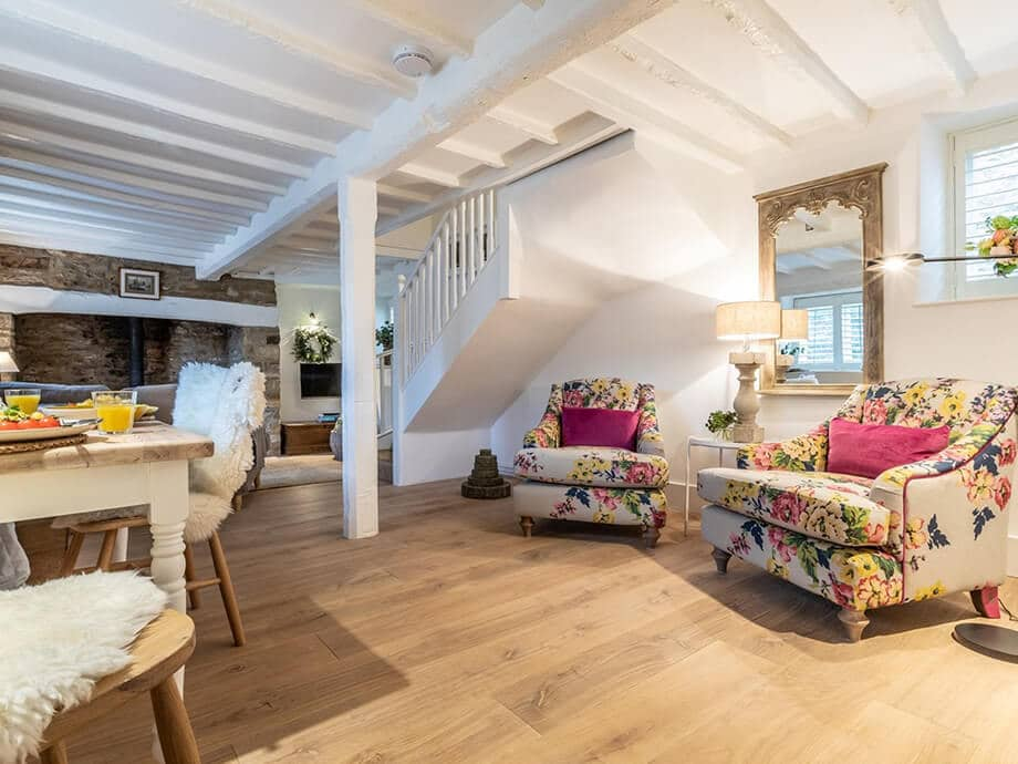 Cotswolds-Fabulous-Holiday-Cottages-Chipping-Norton-27-1