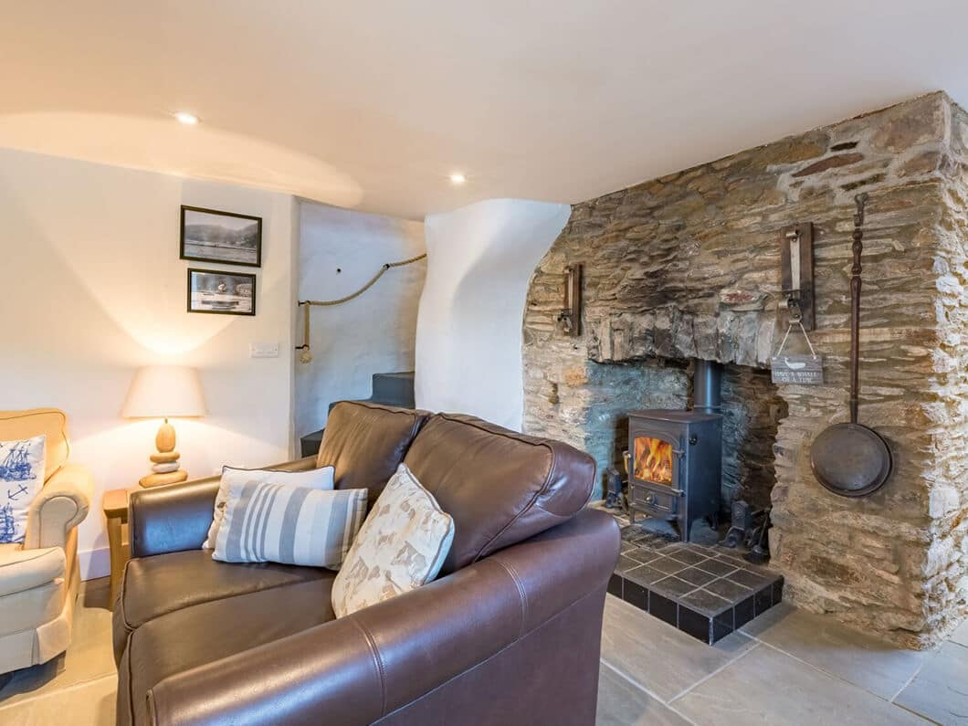 Dartmouth South Devon Large Fabulous Holiday Cottages 24-8