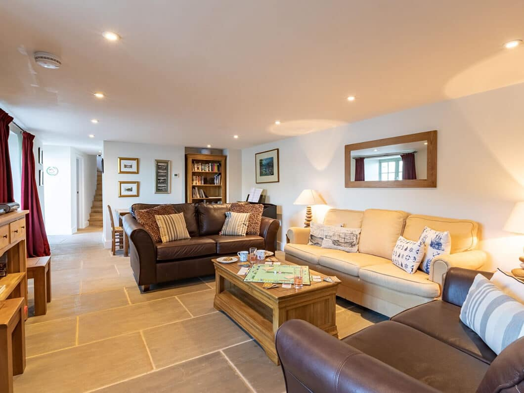 Dartmouth South Devon Large Fabulous Holiday Cottages 24-9