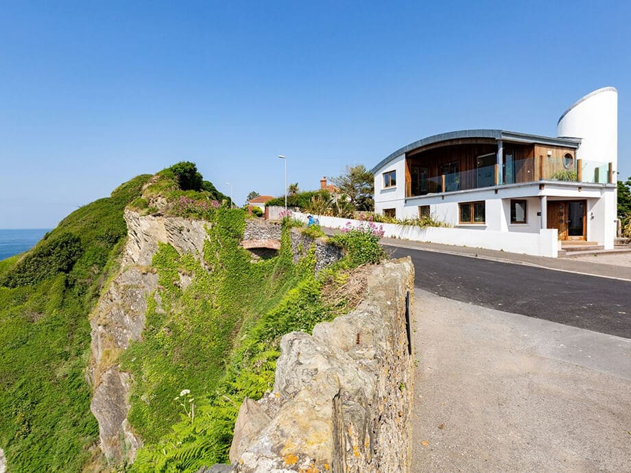 Luxury-Holiday-Cottage-Ilfracombe-Fabulous-North-Devon-21-22