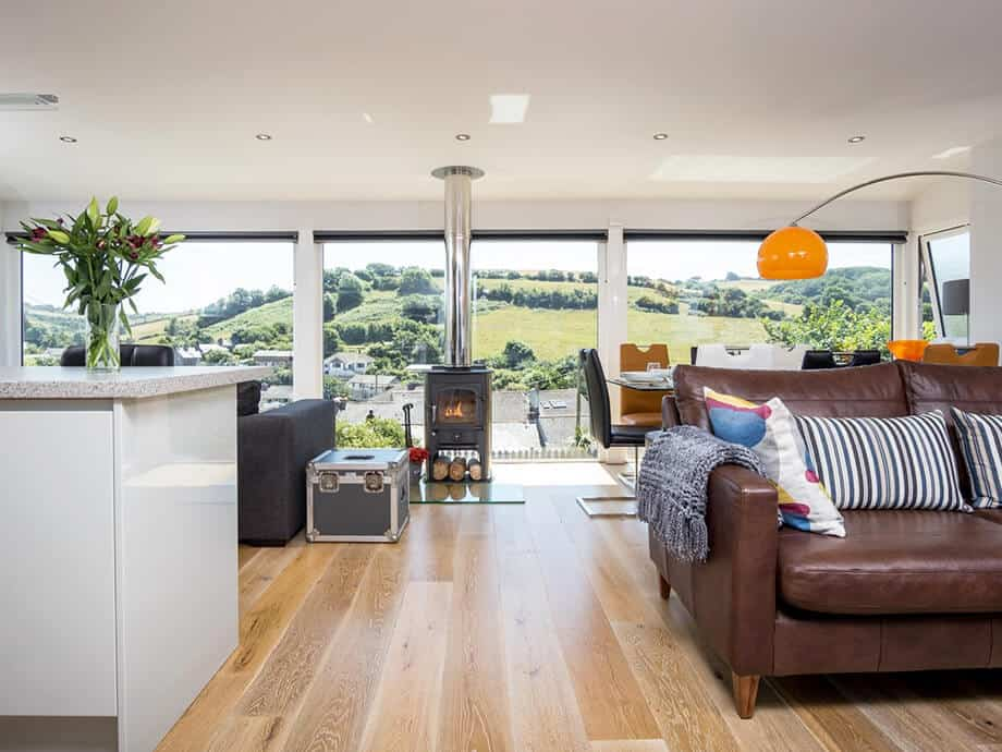 Luxury-Holiday-Home-Millbrook-Fabulous-South-Cornwall-24-01