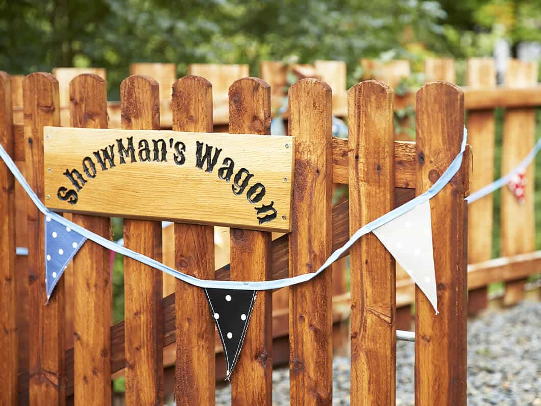 Showman's Wagon Snowdonia Wales Fabuloous Holiday Cottages 11