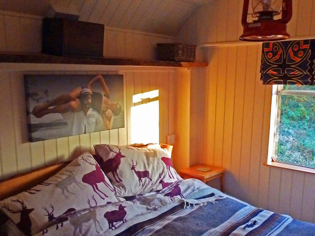 Showman's Wagon Snowdonia Wales Fabuloous Holiday Cottages 6