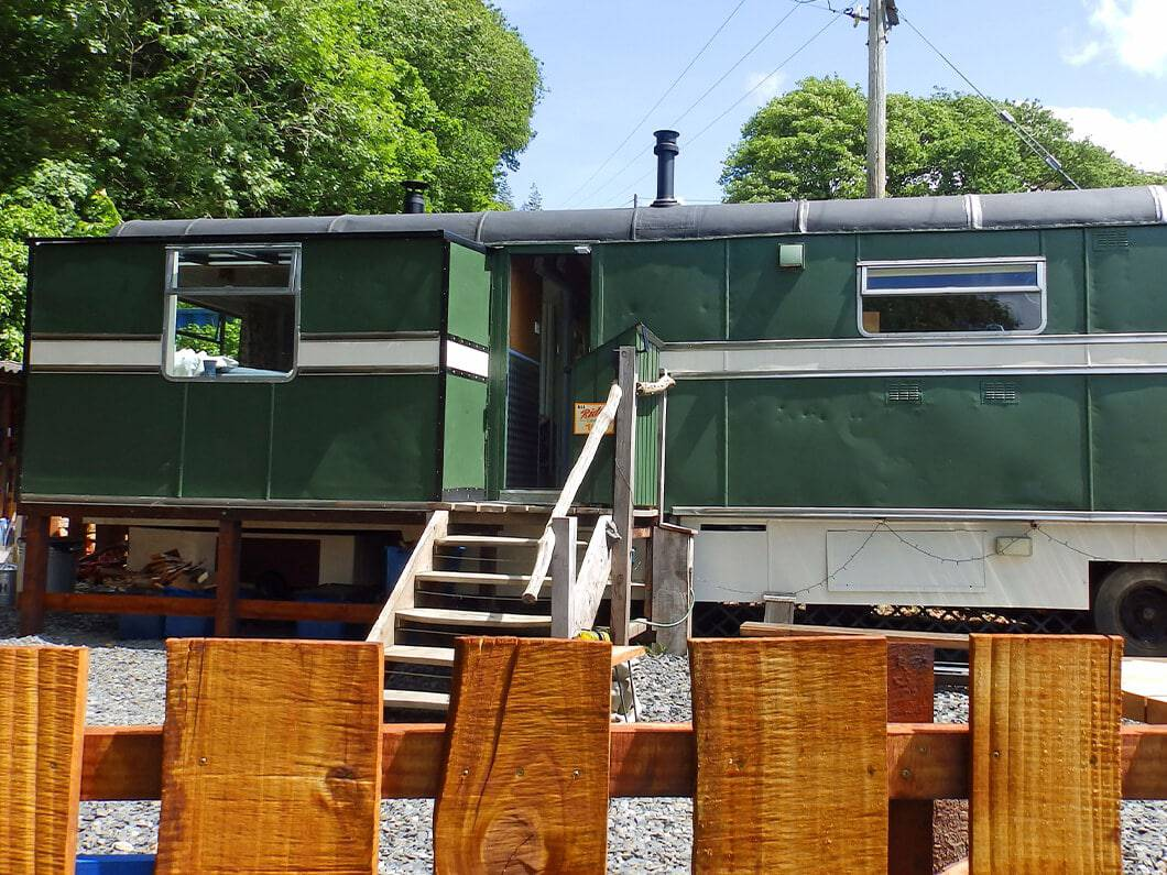 Showman's Wagon Snowdonia Wales Fabuloous Holiday Cottages 8