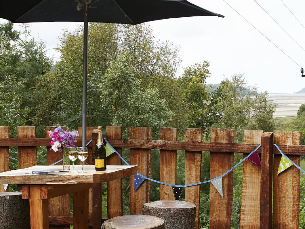 Showman's Wagon Snowdonia Wales Fabuloous Holiday Cottages 9