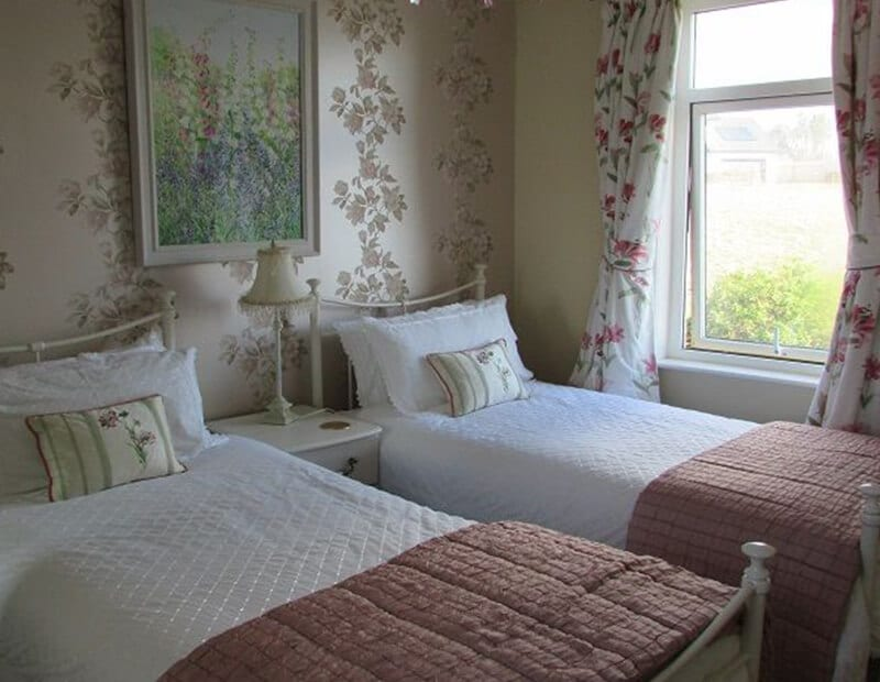 The-Crag-Holiday-Cottage-Housel-Bay-The-Lizard-Cornwall-6