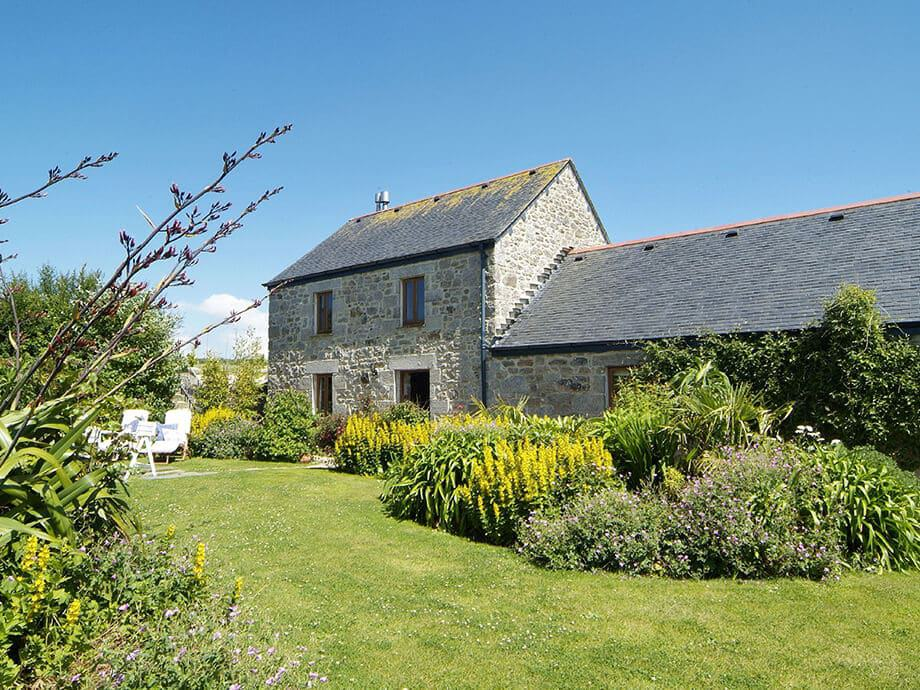 Tregadjack-Barn-Holiday-Home-Helston-Fabulous-Cornwall-1