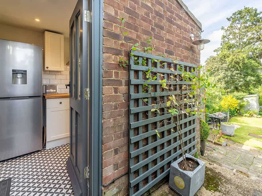 Willow-Holiday-Cottage-North-Creake-Fabulous-Norfolk-11