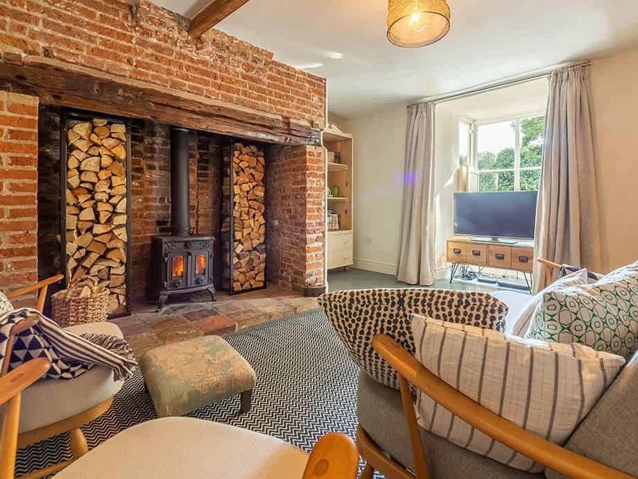 Willow-Holiday-Cottage-North-Creake-Fabulous-Norfolk-2