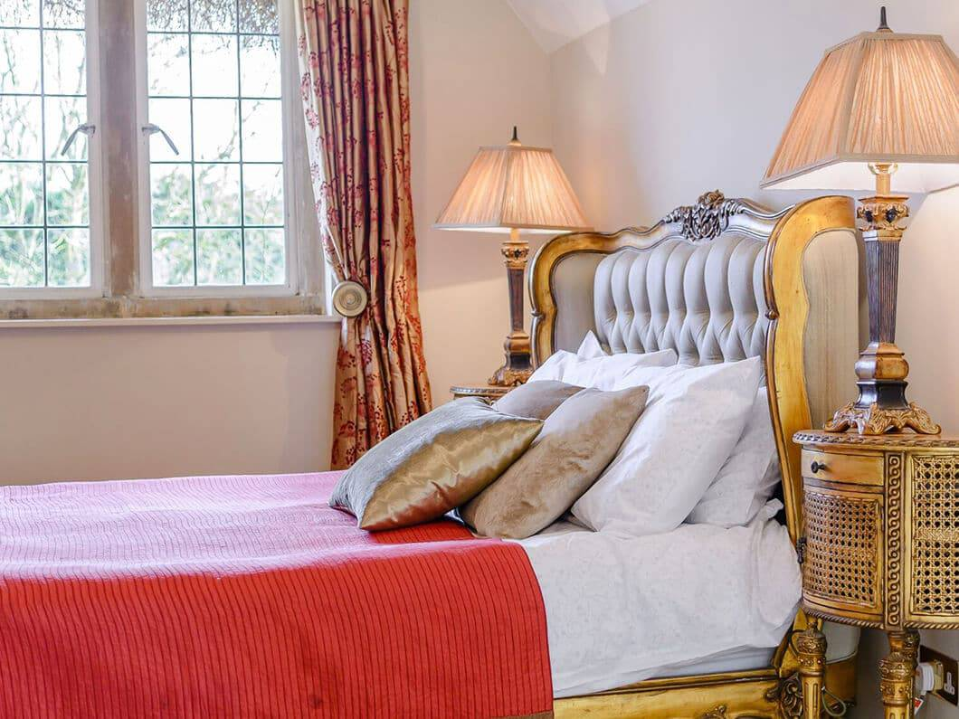 Cotswolds Luxury Fabulous Holiday Cottages 22-12