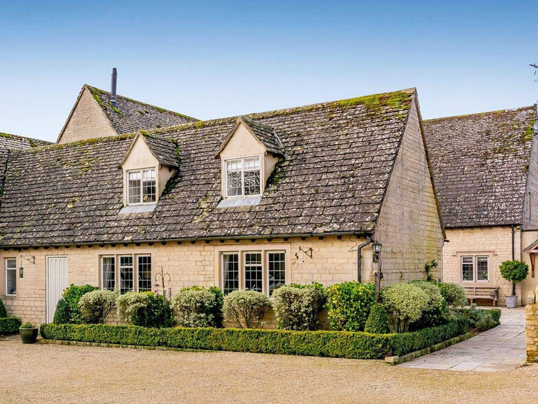 Cotswolds Luxury Fabulous Holiday Cottages 22-14
