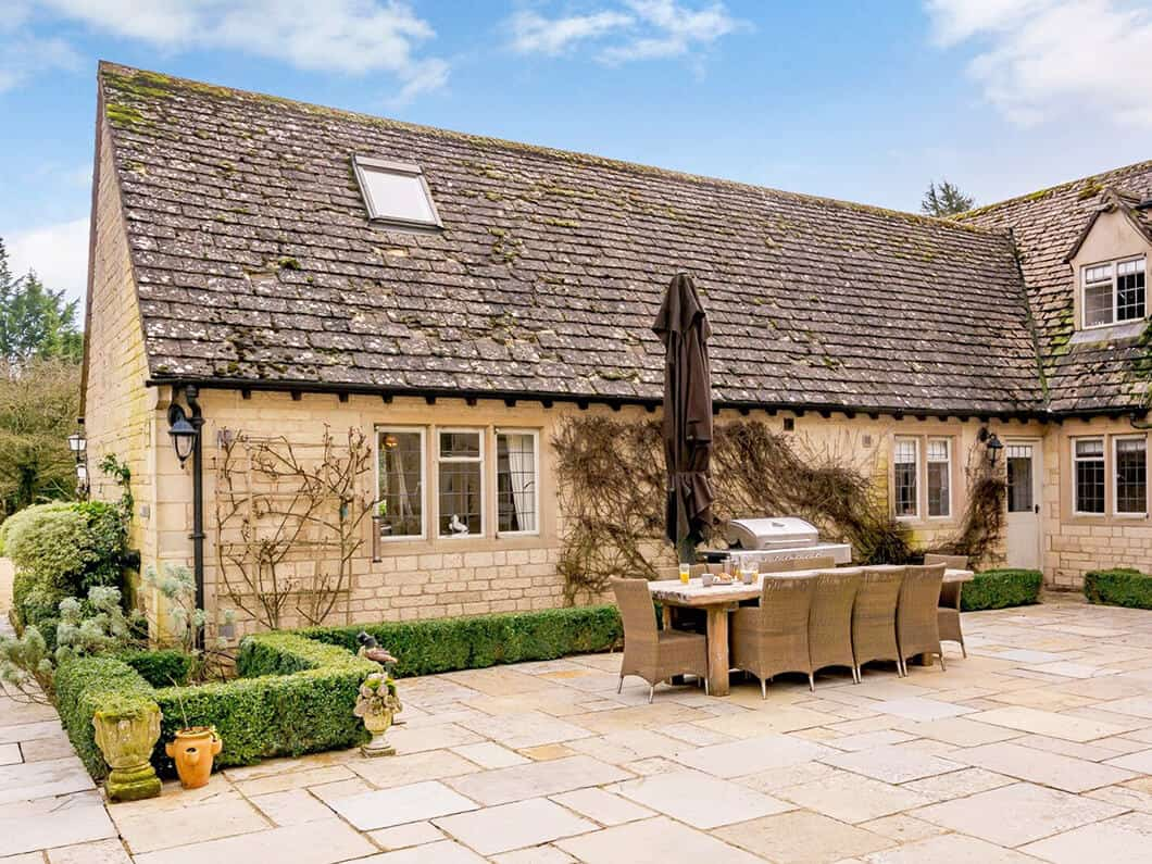 Cotswolds Luxury Fabulous Holiday Cottages 22-15