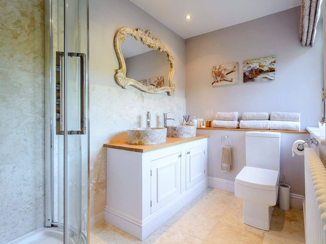 Cotswolds Luxury Fabulous Holiday Cottages 22-7