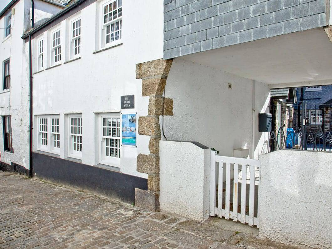 Iris St Ives North Cornwall Fabulous Holiday Cottages 30-18