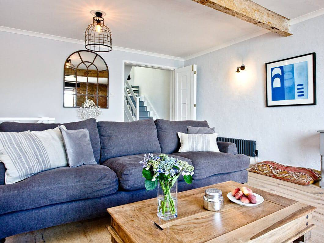 3 Old School House Cawsand South Cornwall Fabulous Holiday Cottages 11