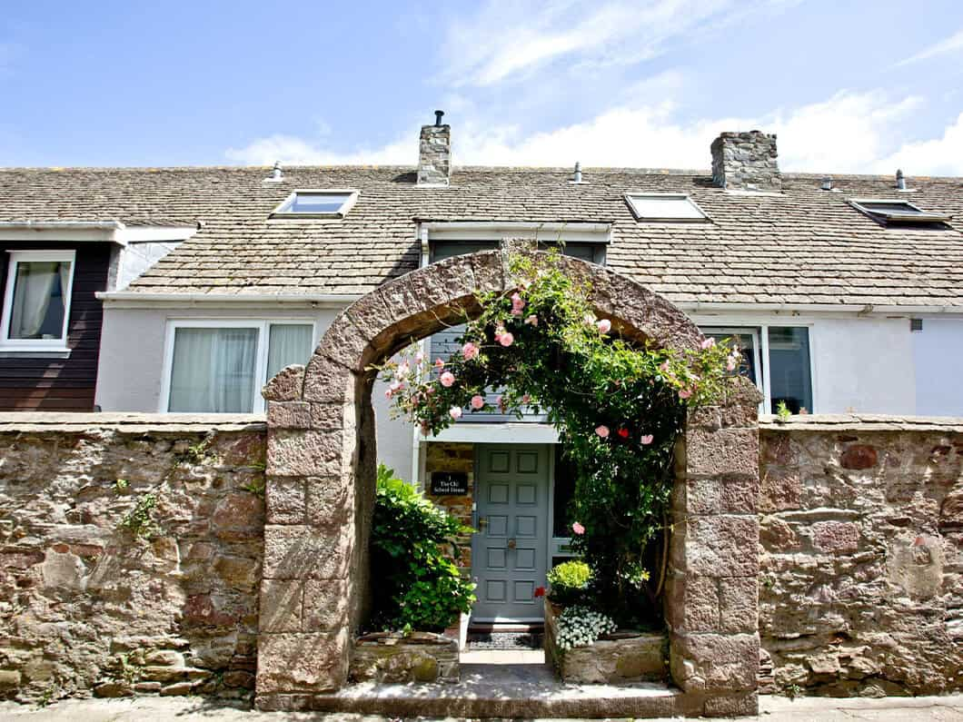 3 Old School House Cawsand South Cornwall Fabulous Holiday Cottages 24