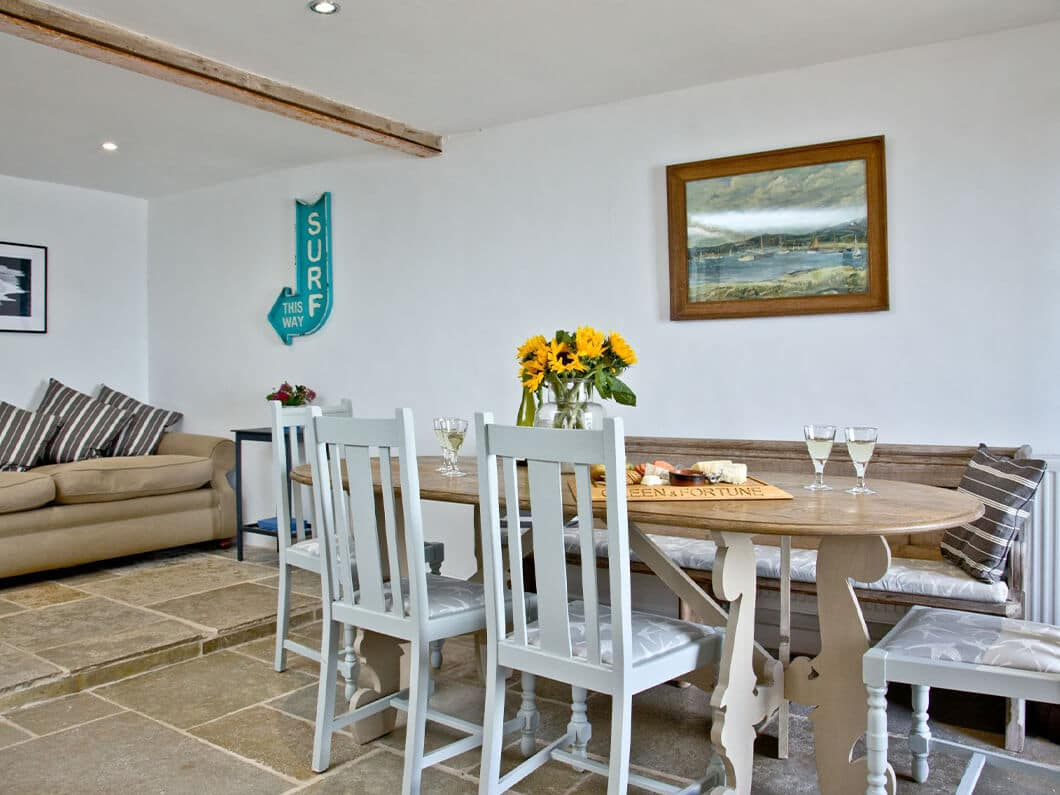 3 Old School House Cawsand South Cornwall Fabulous Holiday Cottages 4