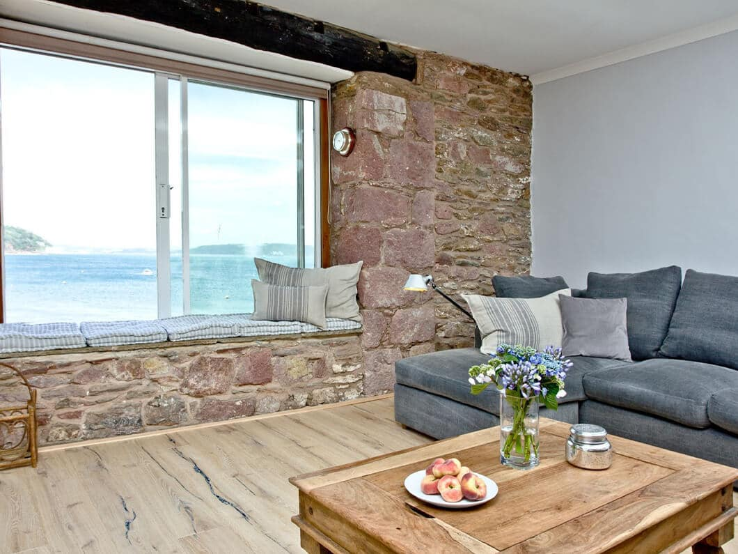 3 Old School House Cawsand South Cornwall Fabulous Holiday Cottages 7