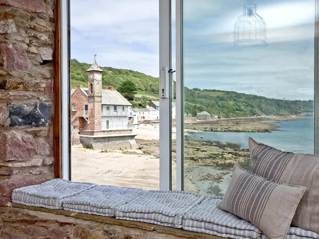3 Old School House Cawsand South Cornwall Fabulous Holiday Cottages 8