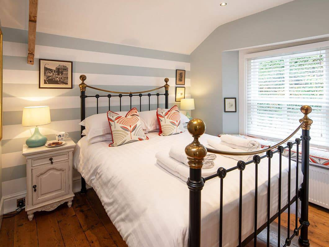 Dartmouth South Devon Fabulous Holiday Cottages 16-8