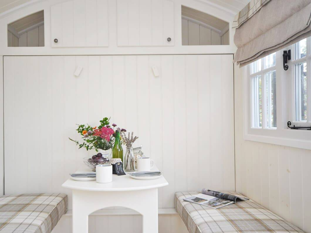 Shepherds Hut The Cotswolds Fabulous Holiday Cottages 3