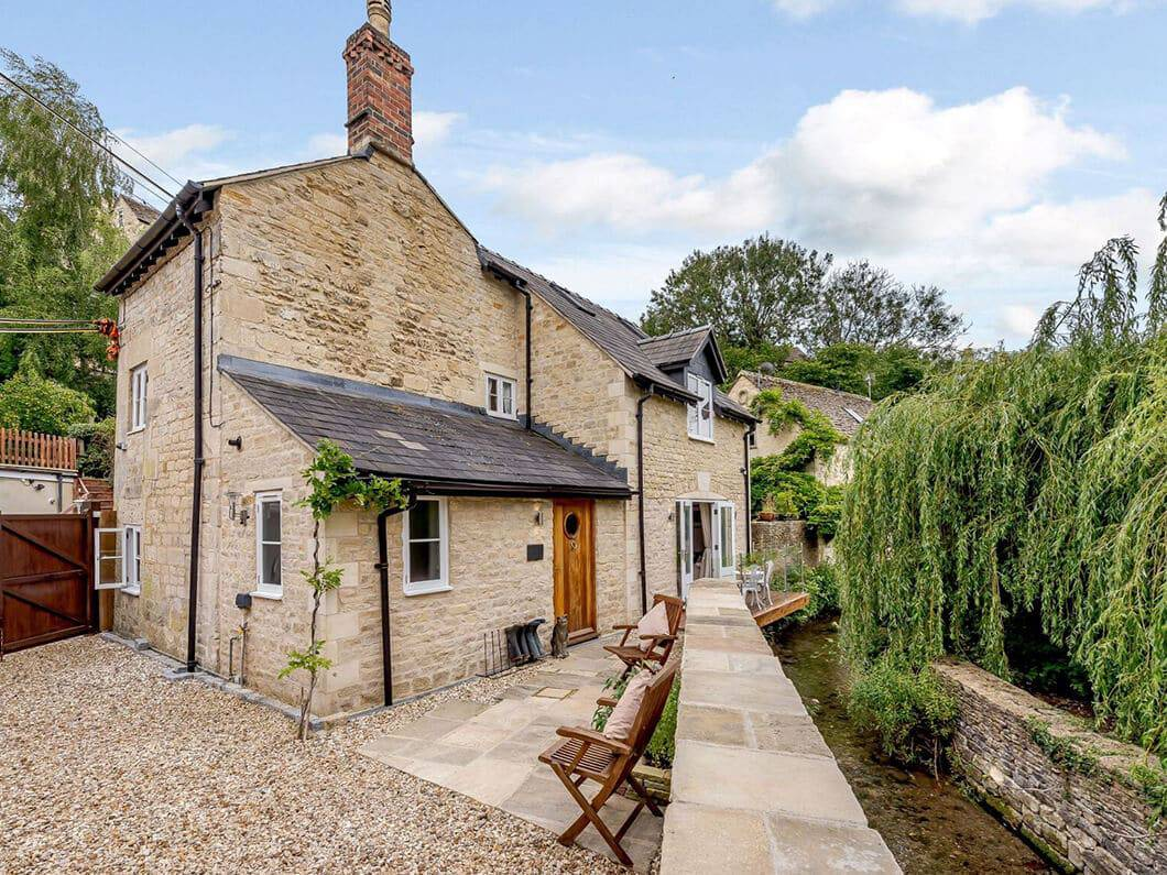 Gloucestershire The Cotswolds Fabulous holiday Cottages 7-18