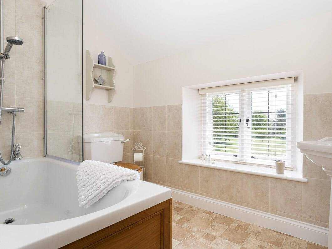 Alysas Cottage Chipping Norton Cotswolds Fabulous Holiday Cottages 11