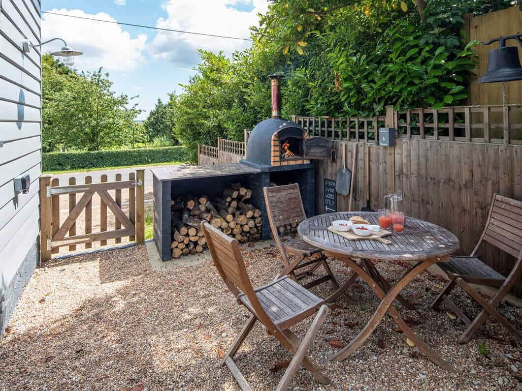 Ashford Kent Large Family Fabulous Holiday Cottages 21-17a